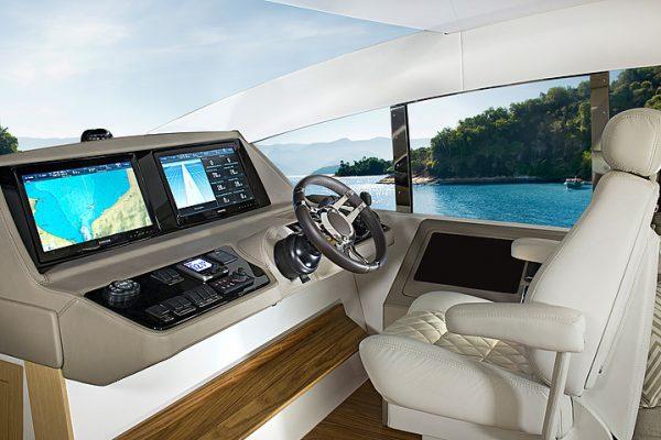 Schaefer 640 - 4 cabin (10)